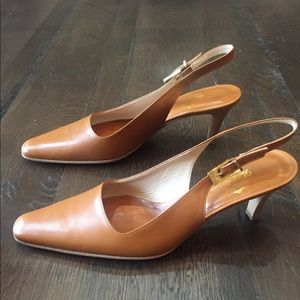 Brooks Brothers sling back pumps size 8. Brown New